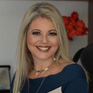 Alinne Arquette Leite Novais